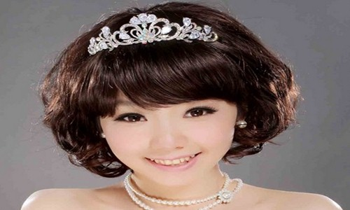 高髻是新娘发型中的经典