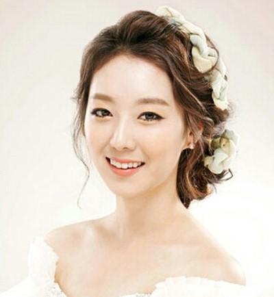 韩式婚纱照新娘发型